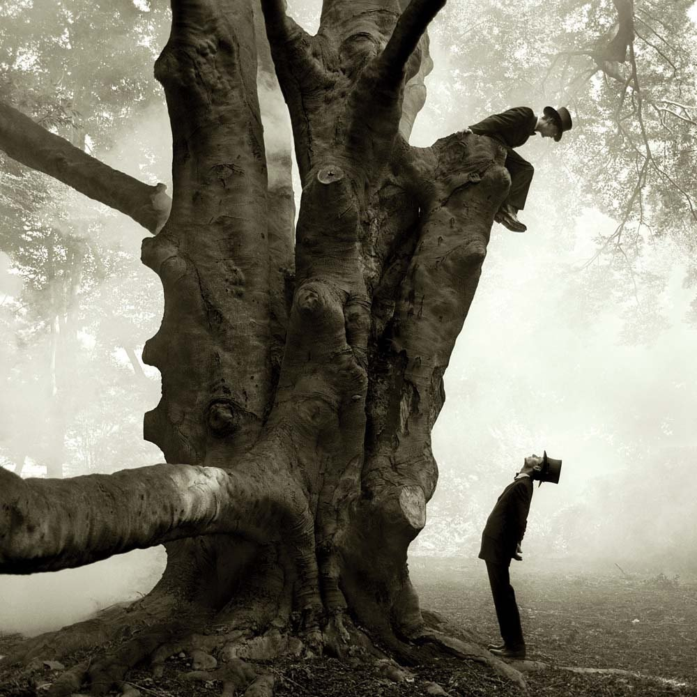 "<span class=""caption-title"">Twins in Tree</span>, Snedens Landing, New York, 1999<span class=""caption-copyright"">© Rodney Smith</span>"