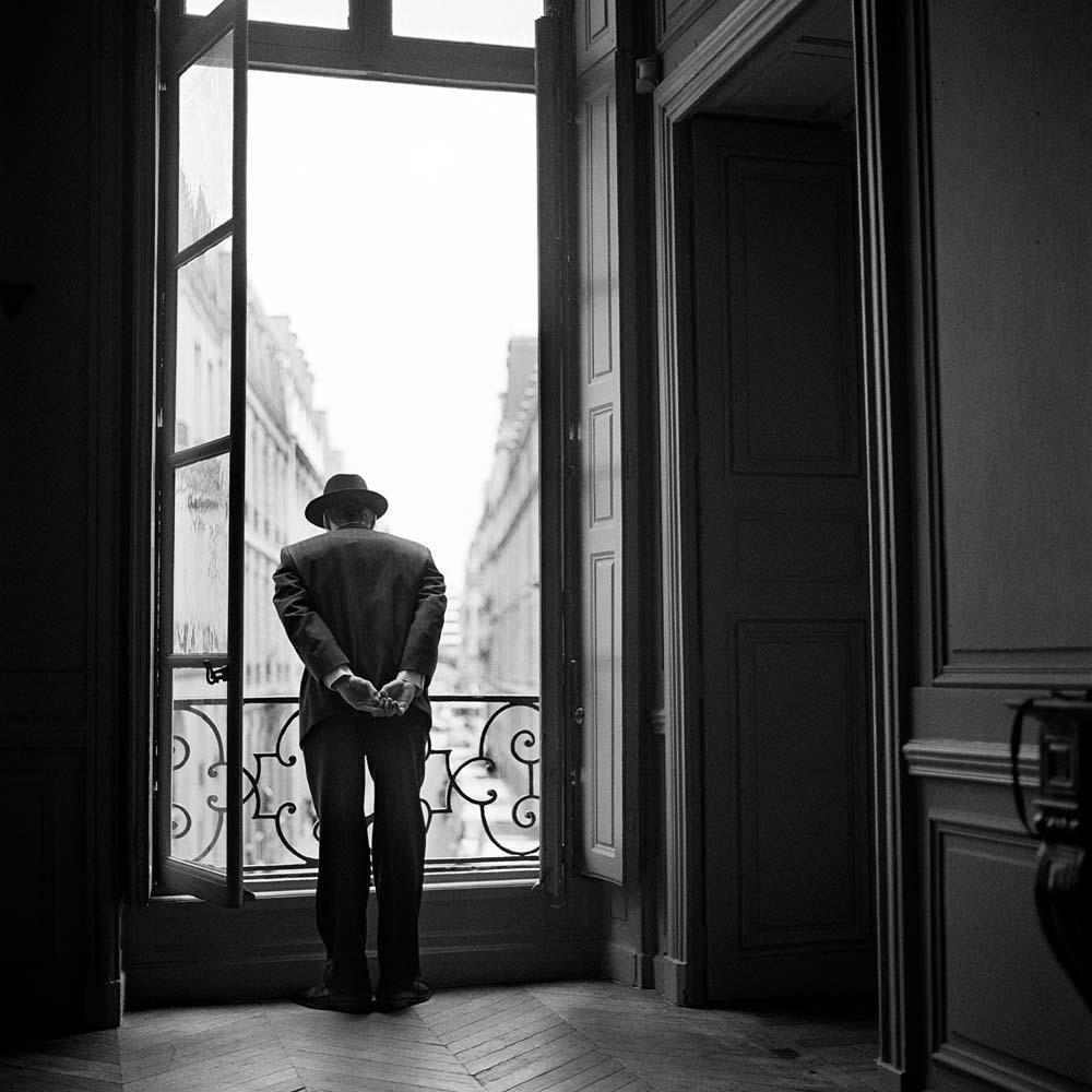 "<span class=""caption-title"">Wessel Looking over the Balcony</span>, Paris, France, 2007<span class=""caption-copyright"">© Rodney Smith</span>"