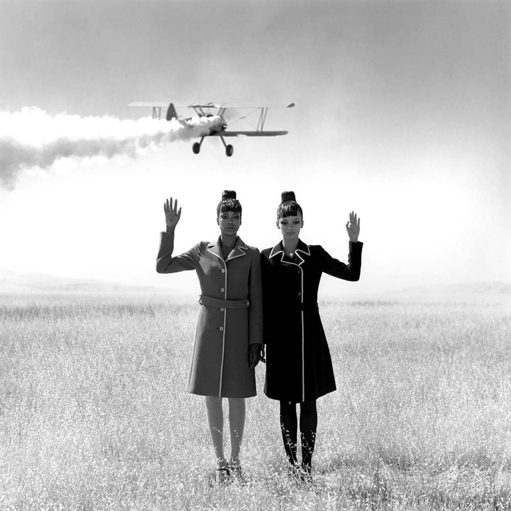"<span class=""caption-title"">Women waving in Field</span>,  Tejon Ranch, Bakersfield, California, 1996<span class=""caption-copyright"">© Rodney Smith</span>"